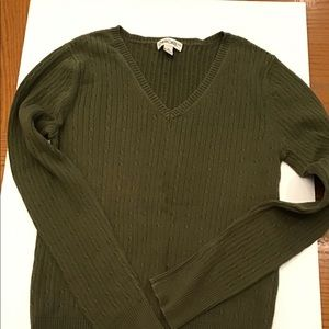 Cherokee Womens V-Neck Cable Sweater